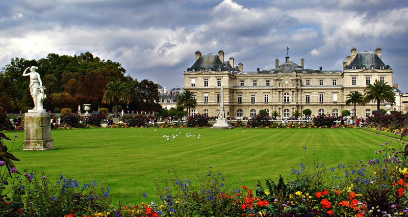 Jardines y palacio de Luxemburgo paris